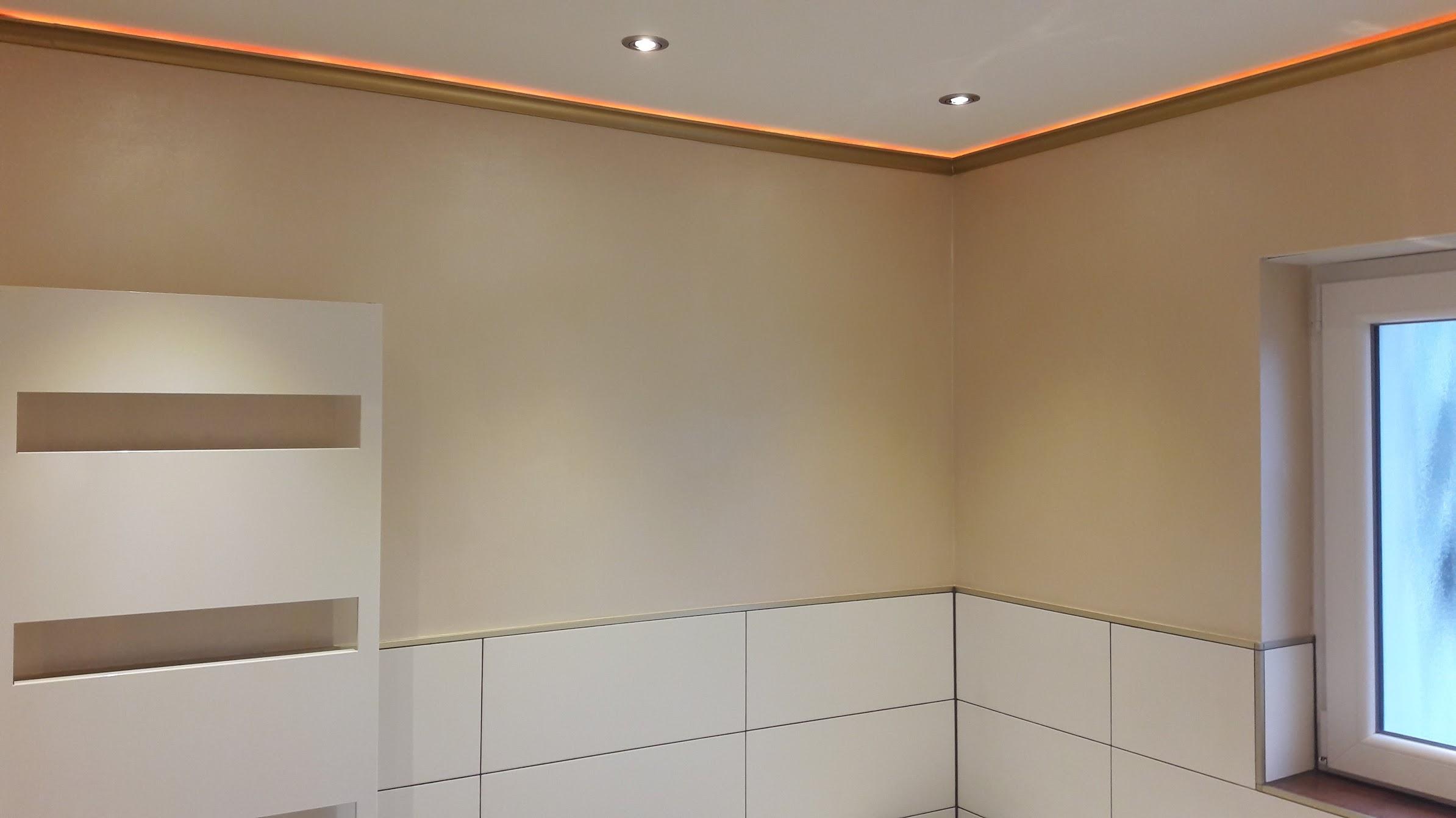 54.Stuckleisten-LED-Beleuchtung-Indirekte-Beleuchtung-Badezimmer