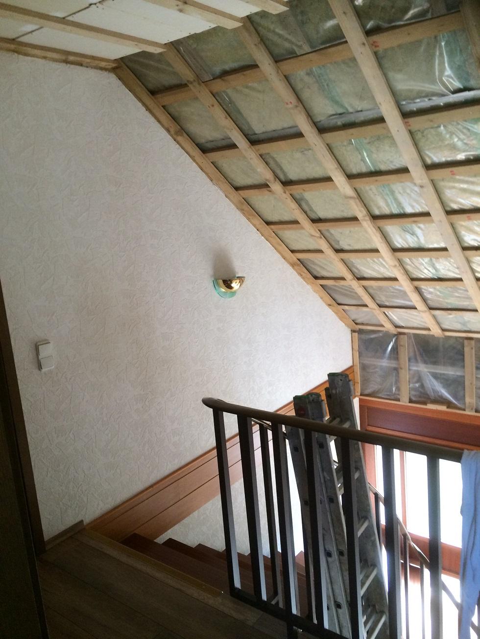 59.Treppenhausgestaltung-vorher